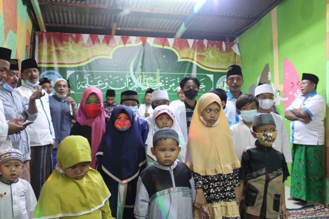 Peguyuban Arema Batavia Bersama Gelar Santunan Anak Yatim